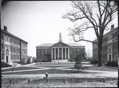 New classroom buildings of the 1920s: South campus, eastern arm, with (left to right) Sanders, Manning, and Murphey Halls