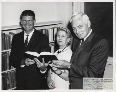 W.W. de Grummond, Juliette Ernst, and T.R.S. Broughtonhe (l-r) celebrate the 1965 establishment of the American office of L'Année Philologique in the department.